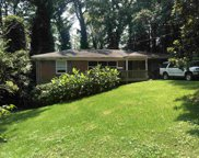 872 Glenway, East Point image