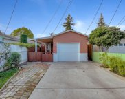645 Hurlingame Ave, Redwood City image