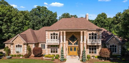 21533 Golden Maple Court, South Bend