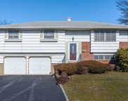 11 Spindle Ct, Deer Park image