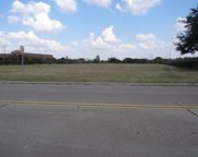 8102 Mesquite Bend Drive, Irving image