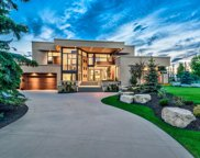 35 BEL-AIRE SW Place, Calgary image