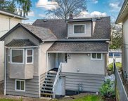 555 E Columbia Street, New Westminster image