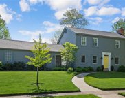 858 Twin Pine  Drive, Des Peres image