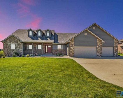 47199 S Clubhouse Rd, Sioux Falls