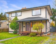 1736 Foul Bay  Rd, Victoria image
