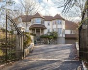23 Blackberry East Drive, Stamford image