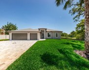 10086 Hilltop Drive, New Port Richey image