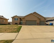 5909 N Sand Ave, Sioux Falls image