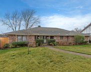 1020 Clear View Drive, Bedford image