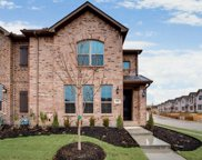 915 Ponds Edge Lane, Euless image