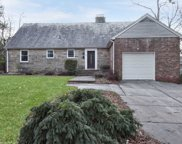 55 S Somerset Dr, Great Neck image