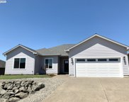 857 Sand Pines  AVE, Sutherlin image