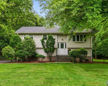 27 4th Street, Closter