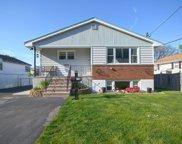 114 Oakwood Ave, Revere image