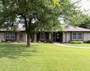 586 Lakeview Court, Aledo image