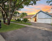 2111 Nw 103rd Ave, Pembroke Pines image