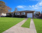 71 Maida Ave, Deer Park image