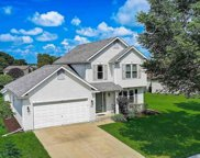 251 Stonefield Dr, Lake Mills image