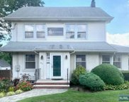 811 Queen Anne Road, Teaneck image