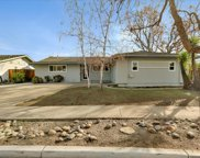 10400 Oakville Ave, Cupertino image