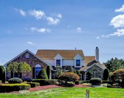 6 Bray Hollow Court, Freehold image