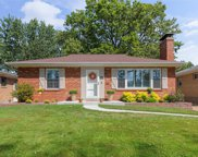 5857 Holly Hills  Avenue, St Louis image