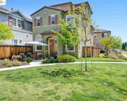 814 Queen Palm Ln, Brentwood image
