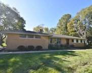 2629 W Ranch Rd, Mequon image