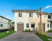 210 Pioneer Way, Royal Palm Beach image