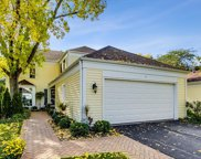 11 The Court Of Lagoon View, Northbrook image