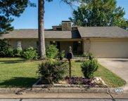 5404 Pineridge Drive, Arlington image