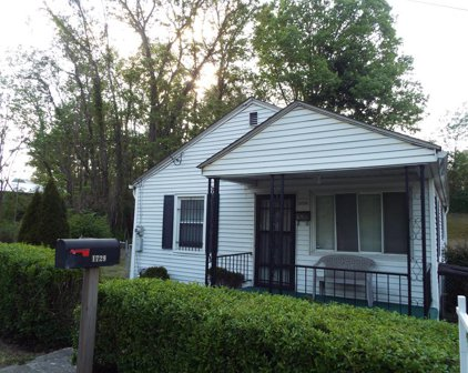 1729 South Fayette Street, Beckley