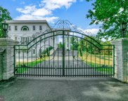1111 Towlston, Mclean image