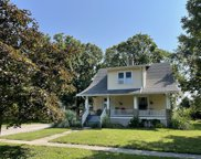 206 E Illinois Street, Mansfield image