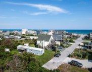 8314 5th Avenue, North Topsail Beach image