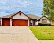 725 Crescent Circle, Midwest City image