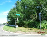 516 Henry Place, Middletown image