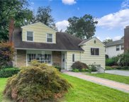 82 New Wilmot  Road, Scarsdale image