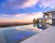1460  Laurel Way, Beverly Hills image