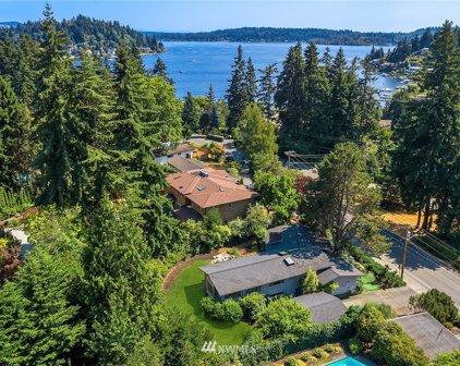 800 Lake Washington Boulevard NE, Bellevue