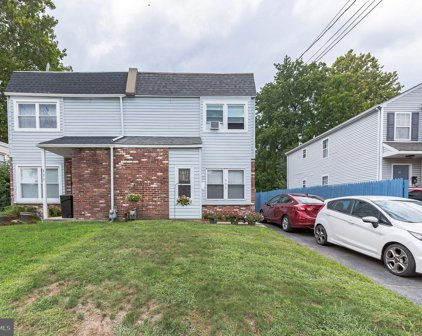 933 Andrews Ave, Collingdale