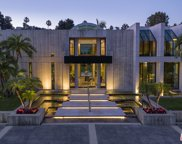 601  Mountain Dr, Beverly Hills image
