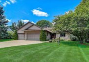 1301 Manchester East, Waunakee image