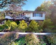 211 Forest Avenue, Emerson image