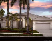 2348 Quail Roost Dr, Weston image