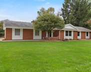 17125 W Mary Ross Dr, New Berlin image