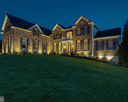 7 Pin Oak Dr, Chadds Ford
