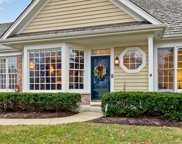 560 Stockbridge Court, Lake Forest image