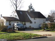 46 Holly Dr, Levittown image